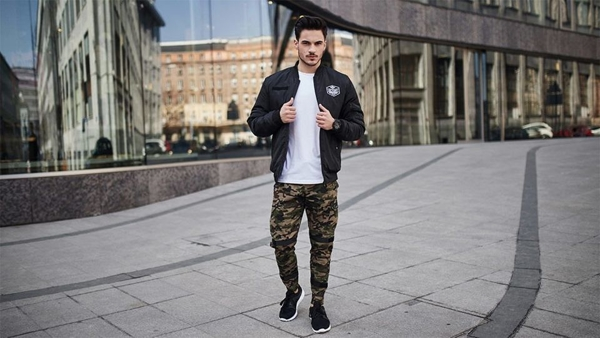 Outfit No. 428 - Transitional Bomber Jacket, Long Sleeve Top, Camo Cargo Trousers, Sneakers